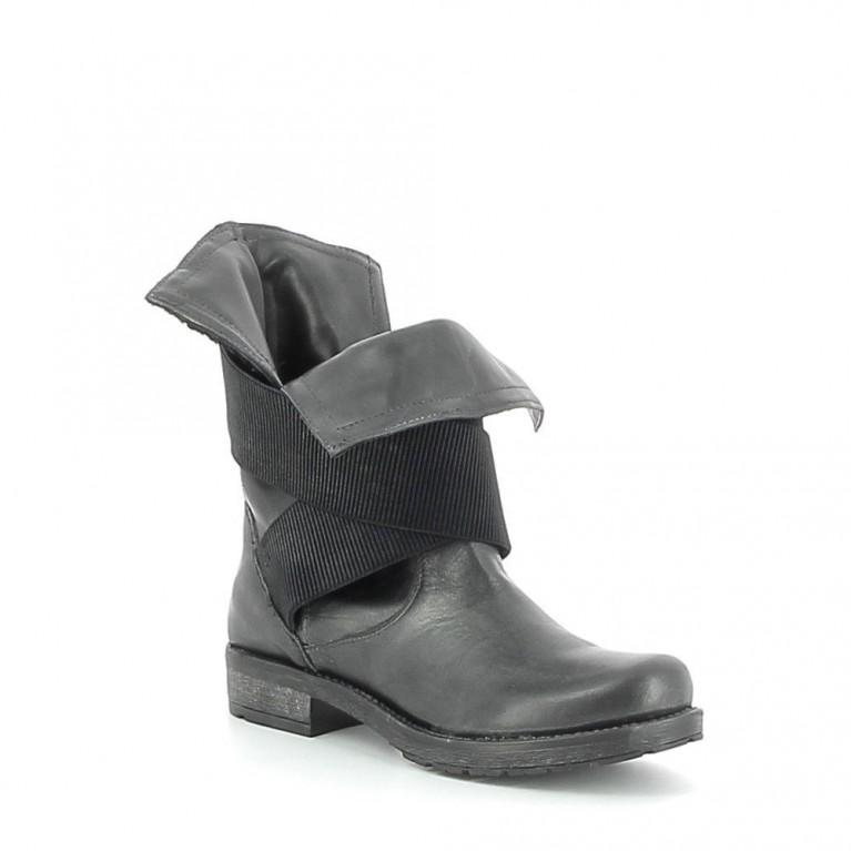 Boots cuir à élastique fantaisie