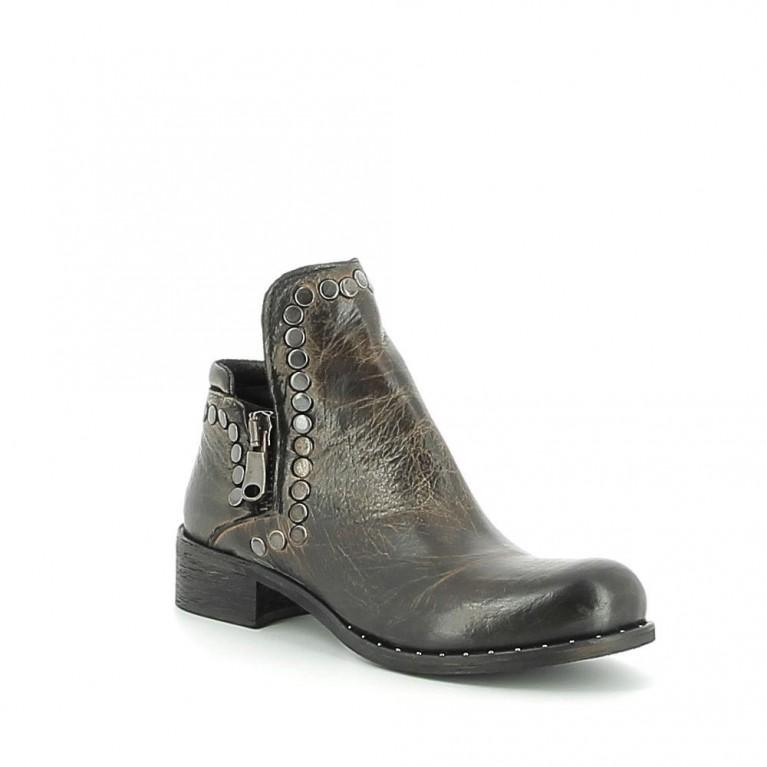 Low-boots asymétrique en cuir