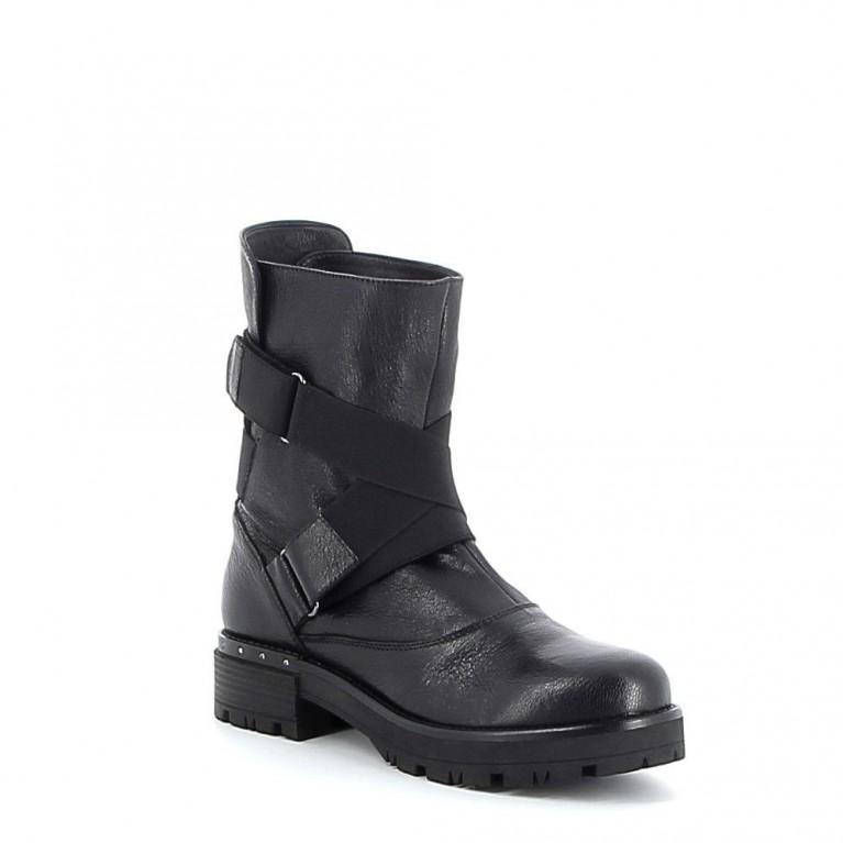 Boots en cuir avec élastiques